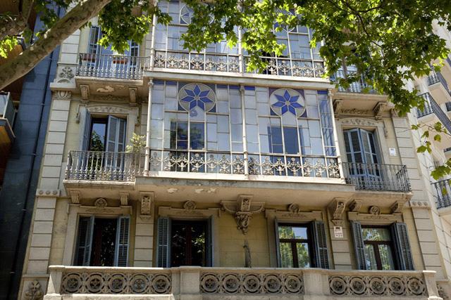 Edificio típico de Barcelona piso para compartir con estudiantes