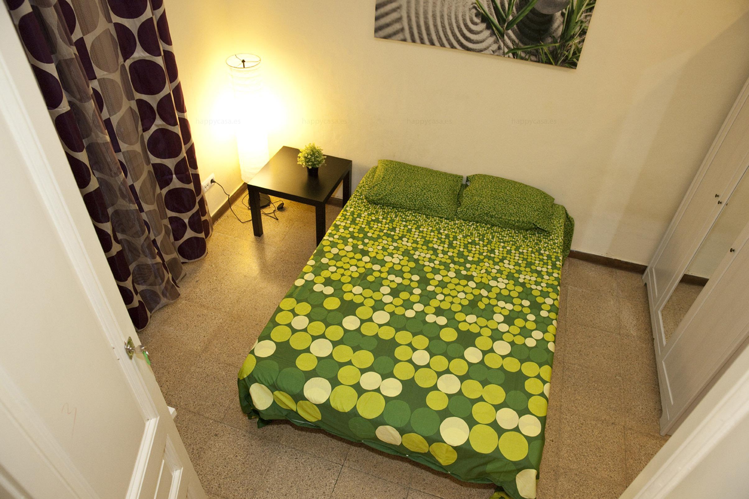 Habitación espaciosa con armario empotrado para compartir Erasmus