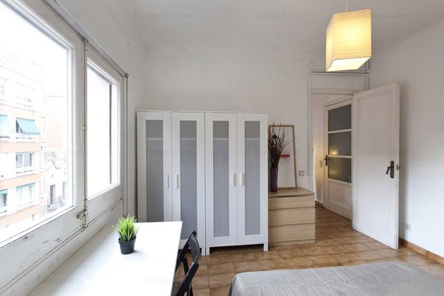 Busco piso compartido Barcelona con rollo internacional