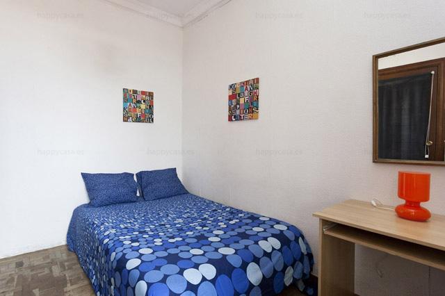 Alquileres habitaciones privadas Barcelona cama doble