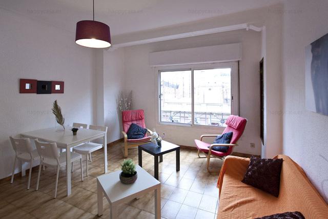 Habitación en apartamento compartido Barcelona con salón