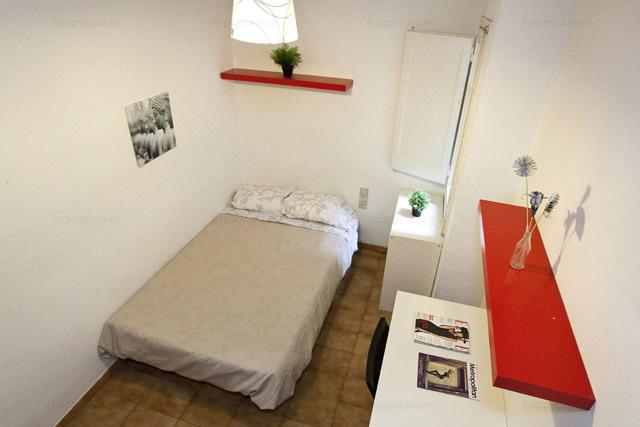 Barcelone chambre conviviale happycasa rooms and flats