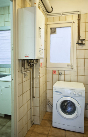 Habitación en piso compartido con internet Barcelona