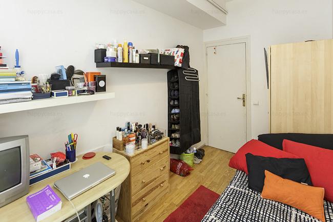 Alojamiento universitario Barcelona Happycasa Rooms and flats