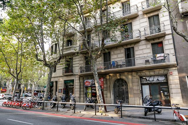 Cuarto de baño para compartir Barcelona barato Eixample
